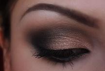 Make-up / by Jessica Stinson