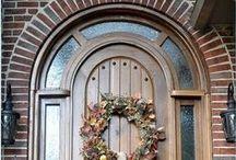 Exteriors and Doors / by Tonya Taylor