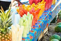 Outdoor Markets of the World / by Mindy Barrios