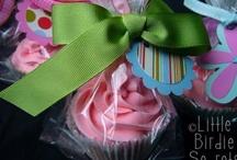 Baby Showers: Cupcakes / by Hano Hinano