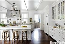 Kitchen / by Nicole Bruce