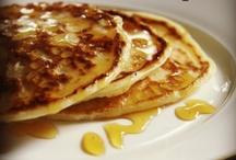 Recipes: Crepes, Pancakes & Waffles / All types of crepes & pancakes, sweet or savoury  / by Margie Leow