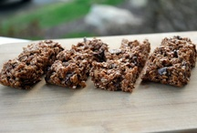 Recipes: Cereals, Granola & Breakfast Bars / Crunchy, chewy munchies for breakie and snacks / by Margie Leow