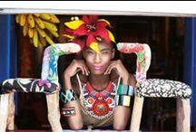 Editorial Brasilidade / No compasso do pandeiro, a gente vai pelas ruas desfilando nossa brasilidade: cheia de cores e com aquele sorriso estampado que já é marca do brasileiro! Vem com a gente conferir esse editorial incrível e escolher seu jeito de mostrar o orgulho de ser do Brasil! / by Damyller