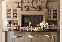 Kitchens / by Julia