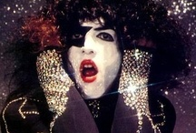Kiss / by Stacy Patrick