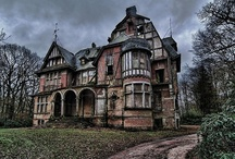 SO PRETTY, SO LONELY... / by Nocturnal Alley