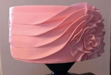 Pretty Cakes / by Charlotta Sorensen