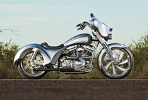 Electra Glides / by Baggers Mag