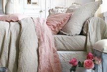 Bedrooms / by Carolyn Thomas