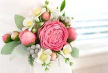 Flower Cakes / by Zucchero E Cannella