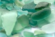 Current Classics: Mint to Be / We love shades of mint and sea glass. It's both youthful and elegant, bright without being overpowering. We especially like how fresh it looks on classic silhouettes! / by Chadwicks of Boston