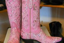 Boot Scootin' / by Marilynn Vander May