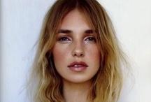 make up & hair styles / by Tirsa Bedoya Cortés