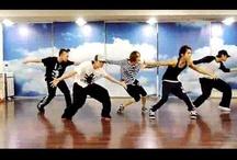 Kpop Dance Videos  / by Sydney Fraga