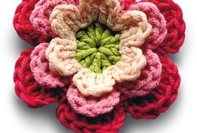 Crochet flowers / by Marthelene