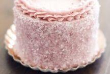 Cakes, Cupcakes & Cookies / by Catharine Mendez