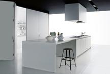 dans la C U I S I N E / kitchen. / by Catherine Wolford
