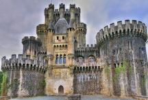 Castles / by Liza Preiss
