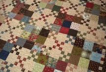 QUILTS NINE PATCH / des tas de quilts avec ce blocs que j'adore , le nine patch , j'en ferai un bientôt , j'aine la simplicité de ce bloc ........... / by brigitte martin