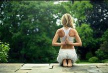Yoga / by Daisy Janssen
