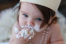The joy of cupcakes / Why leave all the cupcake joy to the little ones? Dig in... and we won't look askance if you lick your fingers / by Cupcake DownSouth