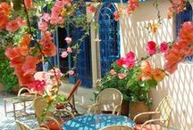 Beautiful Backyard / Mooie en gezellige achtertuinen / by Shirley Stippel