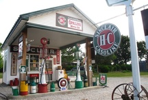 Service Station Related / by Jim Henderson