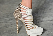 Foot Fettish*~*Luxe Shoes / by Dodie Darrah Maas