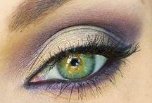 Makeup / by Courtney Vertanen