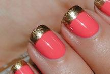 All about Nails / by Katz de las Alas