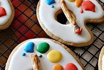 Delightful Foods / by Katie Truemner Bruessow