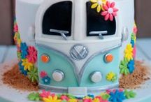 Cakes/Cakepops / by Gaby Ocana