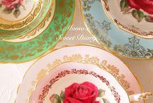 Teacups / by Astrid Jansen