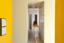 Kleur + interieur / Kleur geeft een ruimte een eigen identiteit. / by Ellentine van Elderen
