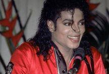 Michael Jackson / When I study, I study Michael Jackson. / by Aki