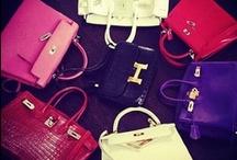 I love Bags j'adore les sacs !!! / by Mirjam d'Artagnan-van Dien