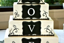 Wedding Cakes / Wedding cakes I would love to do / by Sue Evans