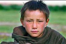 Jungen aus Asien / by ZsUsKa Sz