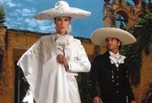 Trajes típicos De México / by Araceli Garcia