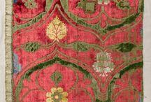Textiles, papiers peints, paravents, divers motifs. / by Gaëtane Marsot