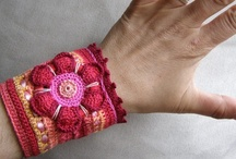 Jewlery - DIY and Inspiration / lots of crochet jewlery and other hand made technics / by Lisa-Marie