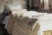 bedroom / by les filles de la colline