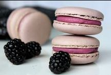 Amazing Macarons / by Jennifer @ Not Your Momma's Cookie