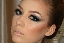 Makeup / by Julia Maldonado