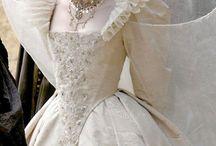 Apparel: Iconic Dresses / by Nicoletta Bologna