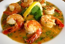 Recipes - Seafood - Shrimp & Prawn & Scallops / by Cheryl Wedlake