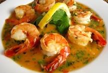 Recipes - Seafood - Shrimp & Prawn & Scallops / by Cheryl Wedlake