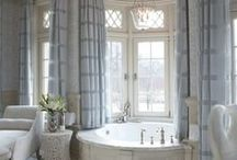 Master Bathrooms / by Laura Lambrou