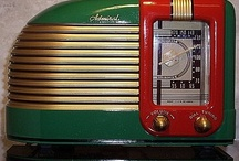 Vintage radios / by Vicky Stanton